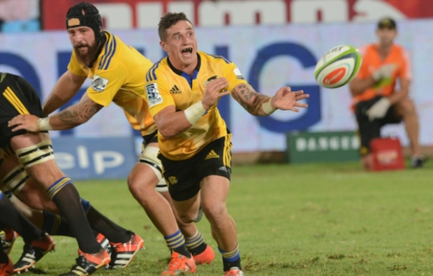 TJ_Perenara_vs_Bulls_2015
