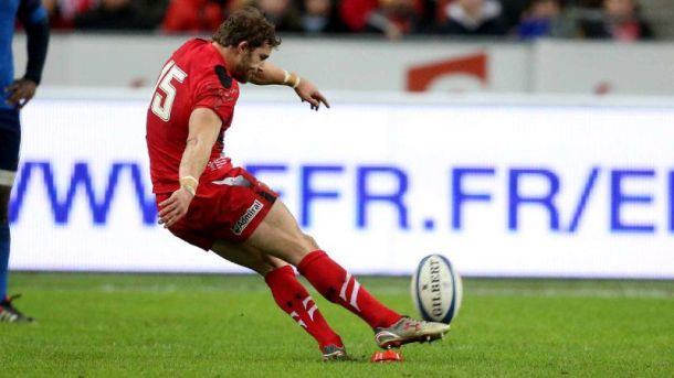 Leigh Halfpenny kicked 15 points from the tee for Wales in the Stade de France