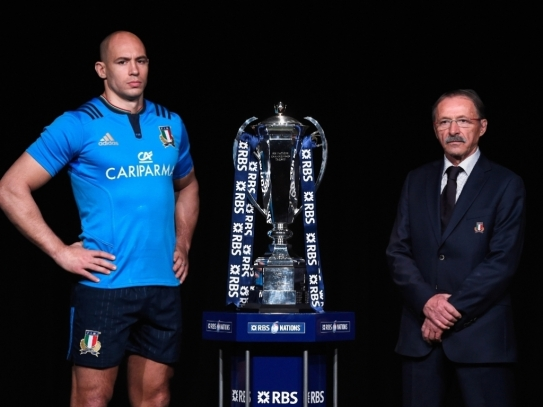 Jacques_Brunel,_Sergio_Parisse_Italy_Six_Nations_Launch_2016
