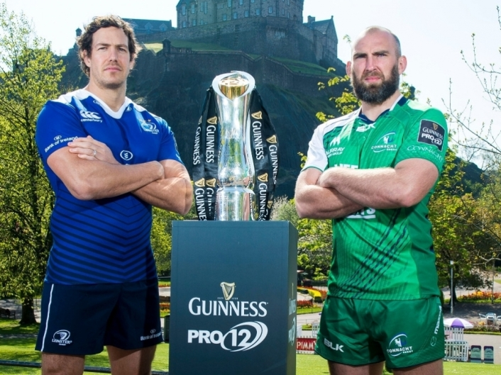 Leinster_and_Connacht_with_PRO12_trophy