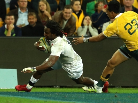 England_wing_Marland_Yarde_scoring_against_Australia
