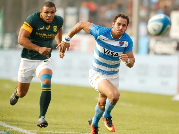 South_Africa_wing_Bryan_Habana_and_Argentina_full-back_Joaquin_Tuculet