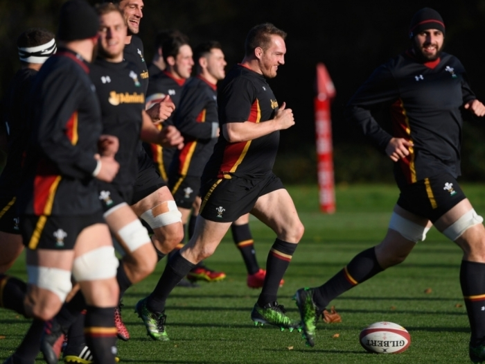 1022-6666666666666x767__origin__0x0_gethin_jenkins_at_wales_training